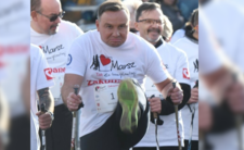 Andrzej Duda ma wsparcie z samej góry - Rydzyk postawi na niego krzyżyk