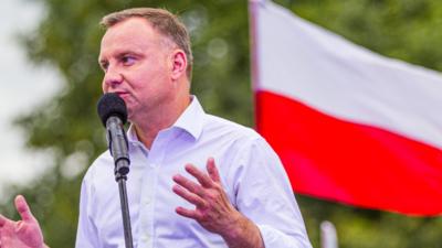 Andrzej Duda o LGBT - Robert Biedroń odda mu swoje poparcie?