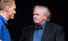 Donald Trump i sekret nowej fryzury. Fryzjerzy go nienawidzą?