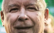 Faszerują Kaczyńskiego ostrymi prochami! Chcą go odciąć?
