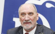 Macierewicz znów obwinia Tuska i Sikorskiego. Giertych zamierza go pozwać