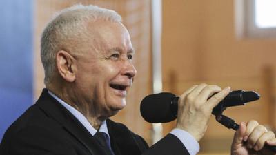 """Kaczyński chce obowiązku szczepień. """"państwo jako środek przymusu"""""""