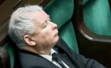 Jarosław Kaczyński znów przespał 13 grudnia? Pilnowała go policja