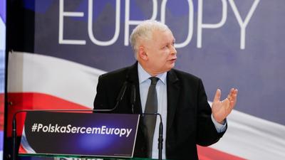 jarosław Kaczyński na konwencji PiS w Katowicach: Wara od naszych dzieci