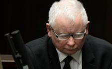 Jarosław Kaczyński trafił do szpitala! Wiozą go na salę operacyjną