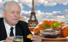 Wielka uczta Kaczyńskiego. Wciąga francuskie rarytasy, a ponoć najbardziej lubi kiełbasę