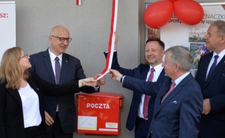 Minister Brudziński i kampania wyborcza na poczcie