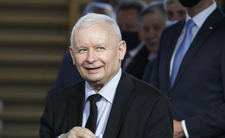 Jarosław Kaczyński ukryje podwyżki posłów? Ma plan