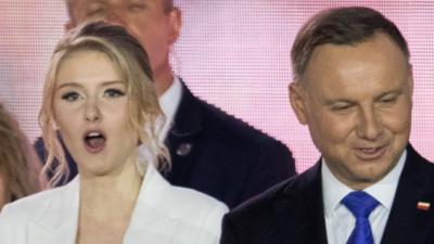 Andrzej Duda jak rycerz broni swojej córki-pracownicy. Zarabia mniej niż przeciętny Polak!