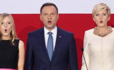 Kaczyński wychwala Dudę: jest super, bo słucha partii i ma żonę