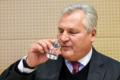 Ile emerytury dostaje Kwaśniewski? Narzeka i pije do Obamy