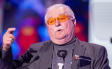 Lech Wałęsa na Facebooku o papieżu - czy to jego wersja historii?