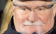 Lech Wałęsa zaszczepiony przeciw COVID-19