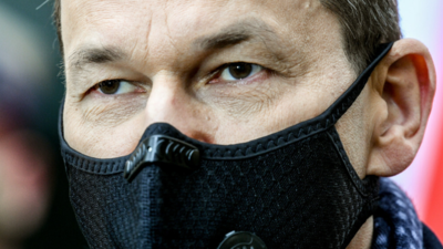 Luzowania obostrzeń nie będzie? Politycy przerażeni pandemią