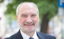 Macierewicz jako marszałek senior? Decyzję podejmie prezydent Duda