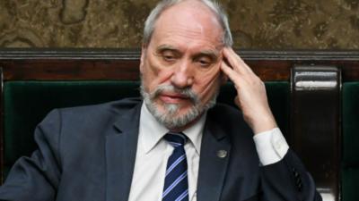 Macierewicz kontra Platforma Obywatelska - to zdrajcy?