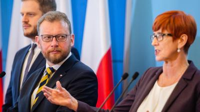 Minister Szumowski obiecuje poprawę w służbie zdrowia. Poczujemy ją za 10 lat.