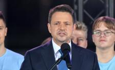 Wyniki wyborów late poll - Trzaskowski szykuje już wiaderko na łzy?