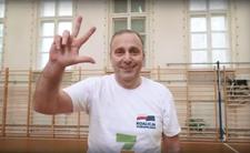 Grzegorz Schetyna gra w kosza. Tak wygra z PiS?