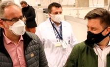 Rząd specjalnie ogranicza testy na koronawirusa?