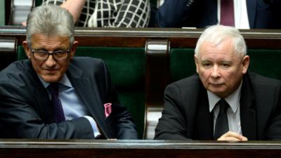 Piotrowicz nadal jako poseł PiS? Partia ma sposób na niekorzystne wyniki wyborów