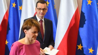 Stan klęski w Polsce? PiS: wojsko na ulicach, zamknięty internet