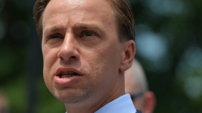 Krzysztof Bosak sprzeciwia się podwyżkom dla polityków