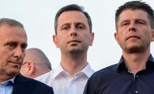 Polscy politycy mają wysokie wynagrodzenie, przywileje i bardzo długie wakacje