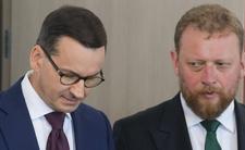 """Premier wychwala Szumowskiego pod niebiosa. """"Właściwe, odważne decyzje"""""""