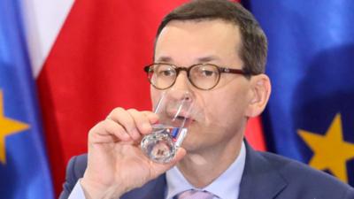 Premier Morawiecki na wojnie z alkoholem - wzrost akcyzy to początek?