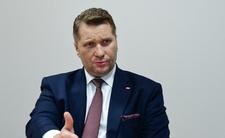 Przemysław Czarnek odlatuje
