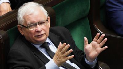Rekonstrukcja rządu - Jarosław Kaczyński sięga po władzę
