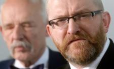 """Rzeczpospolita ujawnia """"tajne dochody Brauna"""". Trafi do więzienia?"""