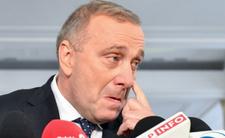 Grzegorz Schetyna nie chce przekupywać wyborców, ale obiecuje im pieniądze