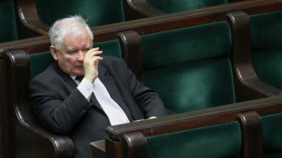 TRZĘSIENIE ZIEMI W SEJMIE. PiS przegrywa głosowanie! Dymisja Gowina