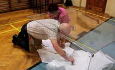Skandal na wyborach! Członek komisji fałszował głosy