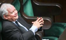 Jarosław Kaczyński podskakuje z radości. Władzę ma w kieszeni?