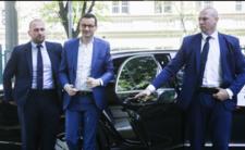 Tak SOP niszczy auta. Trzy stłuczki ukryte, w limuzynach książę i premier