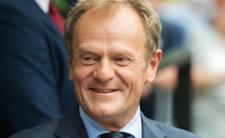 Donald Tusk kontra prezydent antyszczepionkowiec