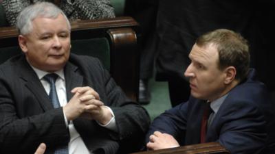 Kurski prosi, prezes daje, Polacy płacą