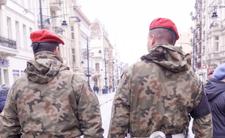 Wojsko wychodzi na ulice, pandemia COVID-19