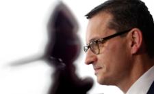 Mateusz Morawiecki jak Pinokio? Zakaz przemieszczania się obowiązuje