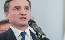 Zbigniew Ziobro chce więzić kobiety w ciąży