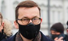 Nowe obostrzenia w Polsce? Rząd odmraża kolejne branże