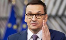 Rząd lekceważy zagrożenie? Zmutowany koronawirus może dziś trafić do Polski