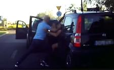 Polscy kierowcy i bójka na drodze - furiat z BMW bez hamulców