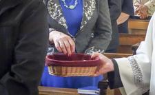 Do kościoła zawitał pierwszy OFIAROMAT. Możesz zapłacić na wejściu