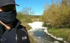 Piana na rzece w Polsce - czy fabryka doprowadziła do skażenia wody?