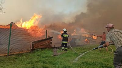 Dramat w Małopolsce. W pożarze spłonęło 21 domów mieszkalnych i 23 budynki gpospodarcze