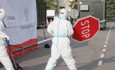Koniec epidemii i nowe prognozy. Obostrzenia i restrykcje zostaną z nami na długo